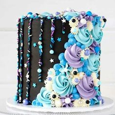 Final cake of 🖤💜💙 Can't thank you lovely humans enough for all . - Cakes and cake decorations - Torten Beautiful Cake Designs, Beautiful Cakes, Amazing Cakes, Best Cake Designs, Cake Decorating Techniques, Cake Decorating Tips, Cake Decorating Frosting, Crazy Cakes, Fancy Cakes