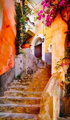 19. Positano, Italy http://bluepueblo.tumblr.com/post/34563085771/ancient-stairs-positano-italy-photo-via-cassady