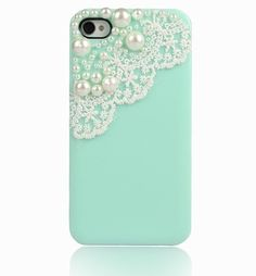 do i spy a lace iphone care in mint?!