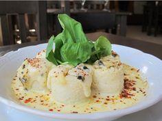 La chef Fernanda Tabares de Raíces, inspirada en la tradición, propone este plato bien otoñal para animarse a hacer pasta desde cero.   I...