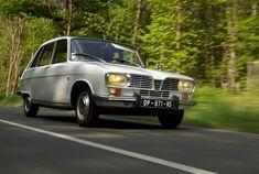 Renault Super 16 de 1966 ✏✏✏✏✏✏✏✏✏✏✏✏✏✏✏✏ IDEE CADEAU / CUTE GIFT IDEA  ☞ http://gabyfeeriefr.tumblr.com/archive ✏✏✏✏✏✏✏✏✏✏✏✏✏✏✏✏