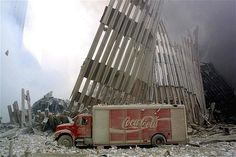 anniversary in pictures: The attack on the Twin Towers World Trade Center in New York World Trade Center Attack, Trade Centre, We Will Never Forget, Lest We Forget, Don't Forget, 9 11 Anniversary, A Moment In Time, Sad Day, Le Web
