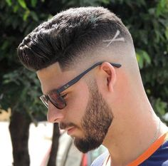 Trending Hairstyles 2019 - Best Short Haircuts For Men - EveSteps Trending Hairstyles, Hairstyles Haircuts, Straight Hairstyles, Cool Hairstyles, Winter Hairstyles, Straight Ponytail, Cool Mens Haircuts, Best Short Haircuts, Popular Haircuts