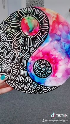 Best Picture For mandala artwork For Your TasteYou are looking for something, and it is going to tell you e Doodle Art Drawing, Cool Art Drawings, Mandala Drawing, Mandala Art Lesson, Mandala Artwork, Canvas Art Projects, Diy Canvas Art, Dibujos Zentangle Art, Diy Art