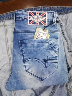 Denim Jeans Men, Boys Jeans, Jeans Pants, Camo Fashion, Denim Fashion, Bustiers, Vintage Jeans, Jeans Style, Skinny