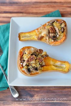 Lots of Thanksgiving leftovers? Use your leftover stuffing to make this delicious gluten free stuffed butternut squash recipe! Foods That Contain Gluten, Foods With Gluten, Veggie Recipes, Fall Recipes, Healthy Recipes, Gluten Free Thanksgiving, Thanksgiving Leftovers, My Favorite Food, Favorite Recipes