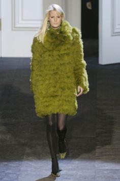 ☆ Caroline Winberg | Lanvin | Fall/Winter 2006 ☆ #Caroline_Winberg #Lanvin #Fall_Winter_2006 #Catwalk #Model #Fashion #Fashion_Show #Runway #Collection