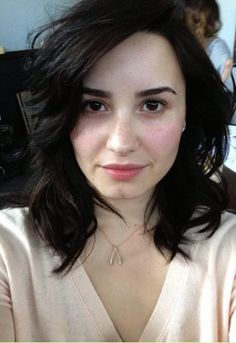 Demi Lovato Is Naturally Beautiful And She Inspiring Young Women Everywhere That You Don