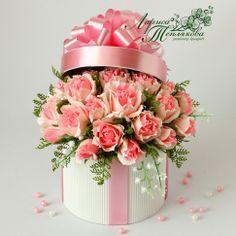 Bouquet Box, Paper Bouquet, Candy Bouquet, Candy Flowers, Crepe Paper Flowers, Diy Flowers, Flower Box Gift, Flower Boxes, Modern Floral Arrangements
