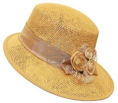 13991475-hecho-a-mano-el-sombrero-decorado-con-flores-secas.jpg (1200×1056)