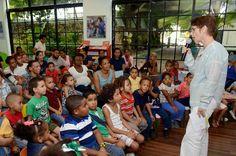 Armario de Noticias: Escritora comparte cuentos y poesías con infantes ...