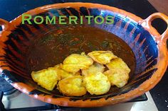 Romeritos con mole y tortas de camarón receta Cheap Meals, Cheap Food, Mole, Mexican Food Recipes, Ethnic Recipes, Chicken, Holy Week, Lent, Foods
