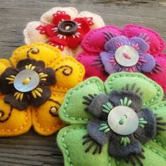Cheap cutting dies, Buy Quality cutting dies flowers directly from China cutting metal dies Suppliers: Metal Cutting Dies flower Stencils for DIY Scrapbooking/photo album Decorative Embossing DIY Paper Cards Felt Embroidery, Felt Applique, Felt Flowers, Fabric Flowers, Fabric Crafts, Sewing Crafts, Scrapbooking Photo, Felted Wool Crafts, Felt Decorations