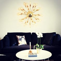 Sunshine grande tak/vegglampe er bare så stilig! #lightupno #belysning #bright #light #raw #interior #sunshine #creativity #lamps #home #living #lifestyle #design #byrydens #interior123 #nordiskehjem #nordiskdesign #interiørmagasinet #interiorinspirasjon #interior4all