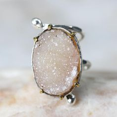 Light yellow druzy ring in silver bezel and brass prongs setting with double wrap sterling silver hammered texture band Free resizing  Gemstone measure: 15.5 mm W x 22.5 mm H  ~Shipping Note~ ***All items will ship by FedEx international shipping. Expected delivery times are between 3-5 days