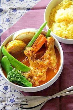 「本格っぽいけど簡単『骨付きチキンのスープカレー』」骨付きチキンで作ると深みがでます。野菜はあったものを適当に入れています。【楽天レシピ】