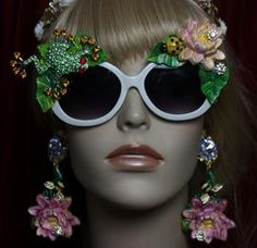 1949 Hand Painted Lily Leaf Ladybug Crystal Frog Sunglasses