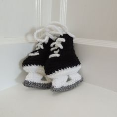 Free Crochet Pattern Baby Hockey Skates : 1000+ images about zapatitos para bb on Pinterest ...