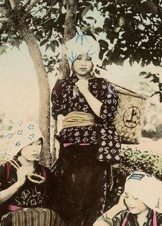 【タイムスリップ】幕末から明治へ「1800年代末の日本」の臨場感あふれる写真たち