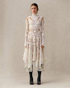 Ornate Lace / Alexander McQueen
