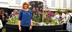 Jackie Currie and her National Collection of Allium Species and Alliums at the RHS Chelsea Flower Allium species and Tips for growing Do you have land available in the Chiddingfold area of Buy Surrey grown Allium Alliums that… Allium Flowers, Cut Flowers, Pink Flowers, Shades Of White, Shades Of Purple, Container Plants, Container Gardening, Allium Schoenoprasum, Welcome To Yorkshire