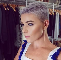 Hair cut of 2018 for me first choice hair cutters - Thin Hair Cuts Super Short Hair, Short Grey Hair, Androgynous Haircut, Thin Hair Cuts, Natural Hair Styles, Short Hair Styles, Hair Cutter, Bleached Hair, Shaved Hair