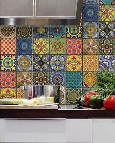 Mutfağınızı renklendirin   Mutfağınızda tezgah arasında kullandığınız seramik veya çiniler büyük bir etkiye sahiptir.Mutfağınızda tezgah ...