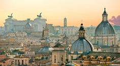 Michele is sharing her top travel tips and travel hacks for Rome. She's shared lots of simple insider travel tips to make your trip to Rome easier. These Rome travel tips will save you time and money and make your trip to Rome as hassle free as possible! Rome City, Vatican City, Rome Streets, Voyage Rome, Excursion, Belle Villa, Air France, Blog Voyage, Best Cities