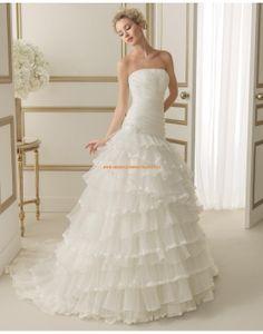 Günstige trägerlose Hochzeitskleider mit Kaskadierung Rüschen 133 EMIR | luna novias 2014