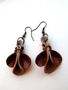 Tan gloss and nude leather earrings. $18.00, via Etsy.