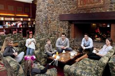 Disney Hotels, Sequoia Lodge - Redwood Bar & Lounge, Disneyland Paris