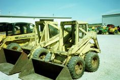 New Holland skid steer loader in Coldwater,Ohio. New Holland Skid Steer, Skid Steer Loader, Monster Trucks, Pictures, Ohio, 1970s, Photos, Columbus Ohio, Grimm