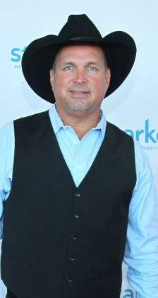 Chatter Busy: Garth Brooks
