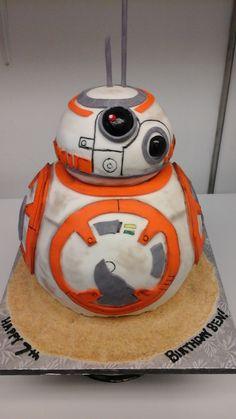 bb8 star wars cake Star Wars Cake, Bb8, Party Cakes, Minions, Creative Ideas, Nice, Desserts, Food, Celebration Cakes