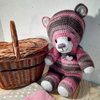 POZOR: medvídek již nemusí být skladem!!!  Proto se radši podívejte na mé stránky :).Nebude-li skladem a líbi-li se Vám, můžete mě kontaktovat na  email: klasar.sn@gmail.com  nebo na Fleru: www.fler.sarajs
