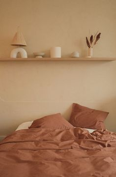 What Are The Surprising & Big Colour Predictions For 2021? - Warm Bedroom Colors, Earthy Bedroom, Room Ideas Bedroom, Home Decor Bedroom, Earth Tone Bedroom, Earth Tone Decor, New Wall, My New Room, Room Inspiration