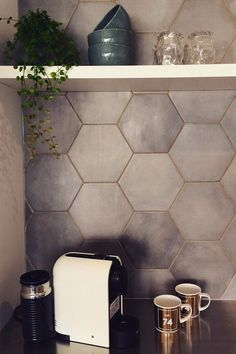 Glitter Grout Is the Latest Decor Trend to Go Viral, and We LOVE It