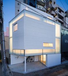 House in Nakameguro by Yoritaka Hayashi