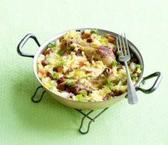 paella met kip, chorizo en paprika