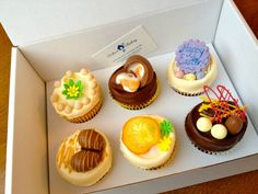 Easter Cupcake Gift Box. Whether you are an Easter traditionalist or an egg obsessed chocoholic, these cupcakes have got it covered...