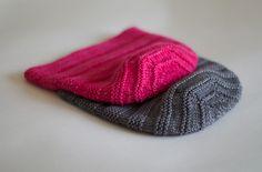 Enoshima Hat pattern by Olga Buraya-Kefelian. Worsted Merino wool, Fucsia color.
