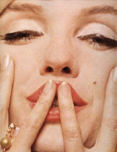 Marilyn Monroe - 1962 - The Last Sitting - Photo by Bert Stern