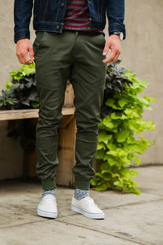 Belt Loops ✅Stretch Twill ✅ Waterproof ✅ Publish Brand's Legacy pants aren't your average joggers.