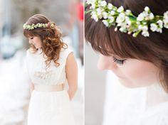 An Indie Wedding Social: vintage dress flower crown soft curls Wedding Show, Wedding Gowns, Soft Curls, Indie Fashion, Edwardian Era, Flower Crown, Wedding Styles, Vintage Dresses, Berry