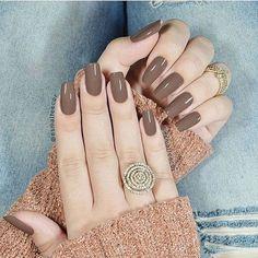 Nail Shapes - My Cool Nail Designs Chic Nails, Stylish Nails, Trendy Nails, Gorgeous Nails, Love Nails, My Nails, Nail Paint Shades, Latest Nail Designs, Square Nail Designs