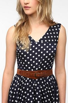 Kimchi Blue Corset Buckle Belt, urbn outfitters, its only like 1.5 inches wide but it could work. 24.00