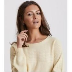 soft pursuit sweater Odd Molly # everyday makeup tips Natural Hair Wedding, Diy Wedding Hair, Wedding Guest Hairstyles, Natural Hair Tips, Natural Hair Styles, Wedding Makeup, Odd Molly, Medium Bob Hairstyles, Diy Hairstyles