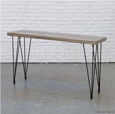 """PR Interiors Spectrum Console 140 in Heritage Oak en zwarte stalen poten<span style=""""font-size: 0.01pt;""""> PR-Rogiers-Home-Interiors-CRW/462/25 console-wandtafel-table-de-drapier-table-murale-tables-de-drapier-tables-murales-wandtafe </span>"""