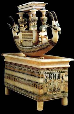 Alabaster boat, 14.century - King Tutanchamun