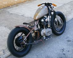 xs650 bobber by Slingshot Cycles